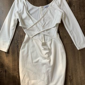 White long sleeve cross design body on dress